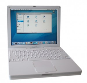 iBook G4 (Early 2004)